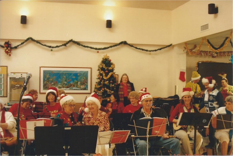 christmas_strummers